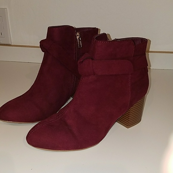 3d7dab95b1185 Mia Shoes | New Kaelyn Bow Bootie Burgundy Size 8 | Poshmark
